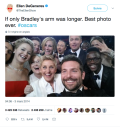 Ellen DeGeneres sur Twitter If only Bradley s arm was longer. Best photo ever. oscars http t.co C9U5NOtGap